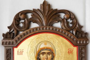 Hand-Painted Russian Orthodox Icon Virgin Mary Leushinskaya (carved wood)