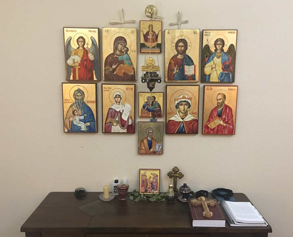 BlessedMart_Review_Prayer_Corner_Home_Altar_Hand-Painted_Orthodox_Icons_2_01
