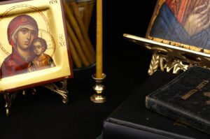 Mini Brass Single Candlestand